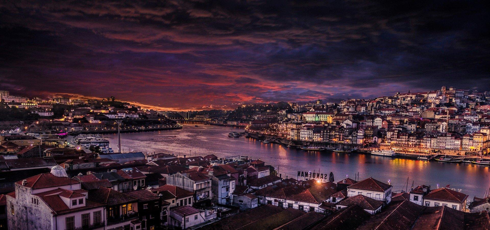 В Португалии открылись кафе, рестораны, музеи