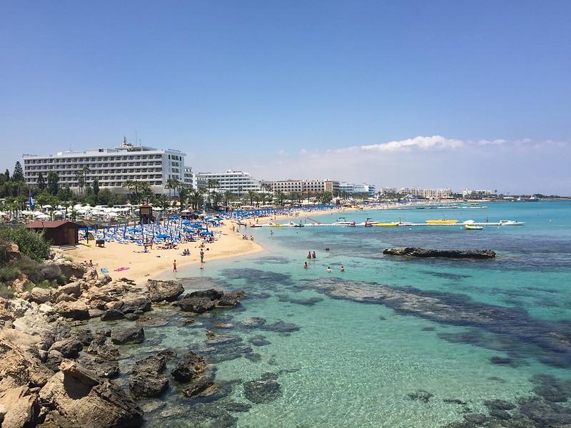 Кипр открыл границы