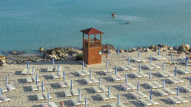 Кипр откроет границы