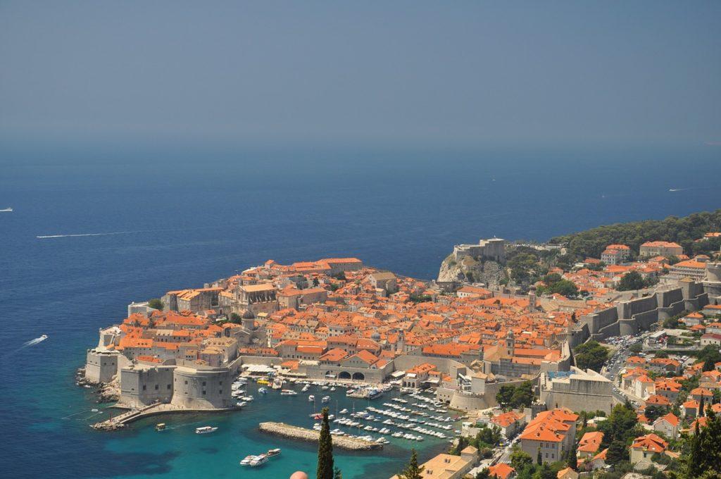 Хорватия открыла границы