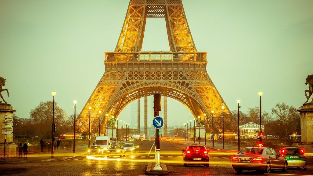 Франция откроет границы