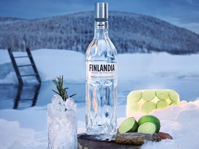 Финляндия открывает бары