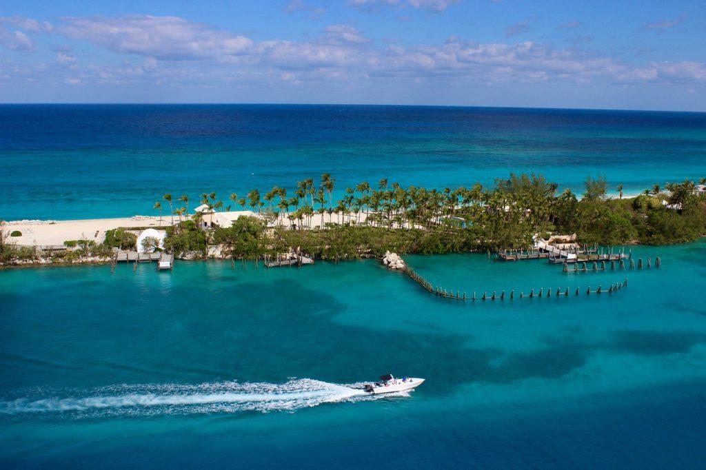 Багамы откроют границы 1 июля