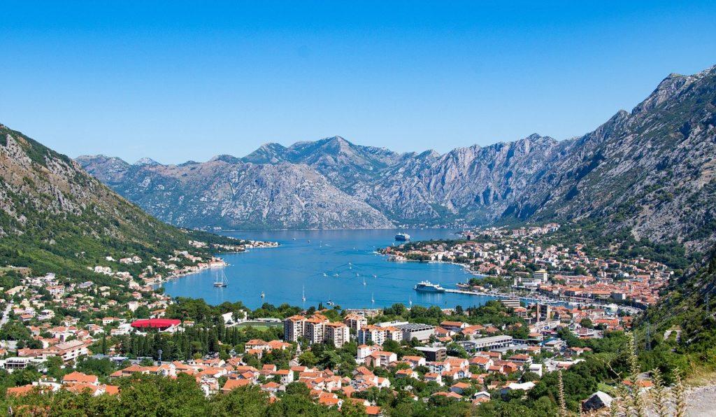 Черногория открыла границы